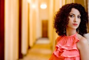Aline Calixto, que se apresenta em Viçosa. Foto por Guto Costa.